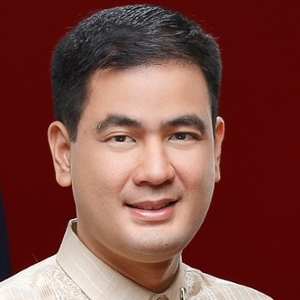 Gov. Dakila Cua (President at Union of Local Authorities of the Philippines)